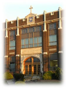 Lchs front 004